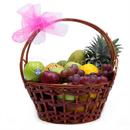 Simple Fresh Fruit Basket