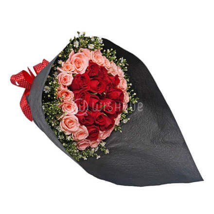 Ring O Ring Rose Bouquet
