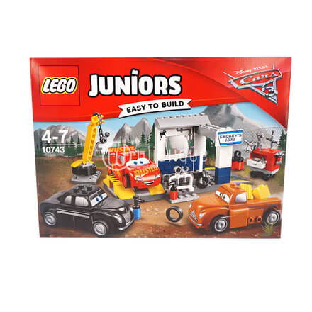 LEGO Juniors Disney Pixar Cars 3 Smokey' s Garage