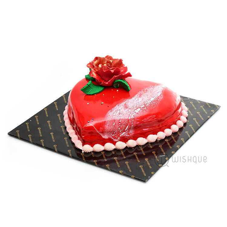 red velvet mirror glaze cake wishque sri lanka 39 s. Black Bedroom Furniture Sets. Home Design Ideas