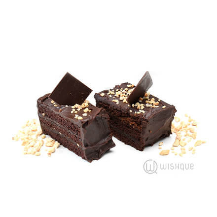 Chocolate Ganache Cake Slices