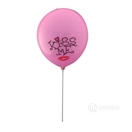 Kiss Me Balloon