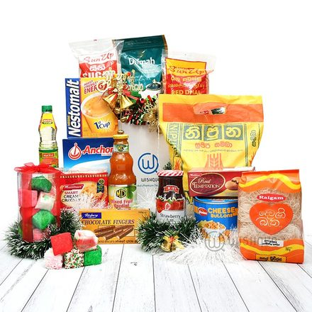 The Classic Essentials Christmas Hamper