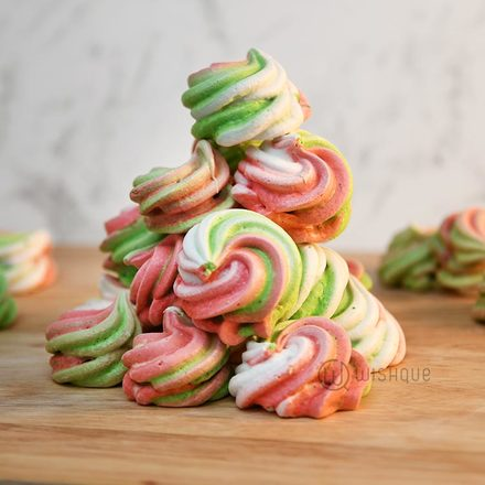 Christmas Meringue Kisses Pack
