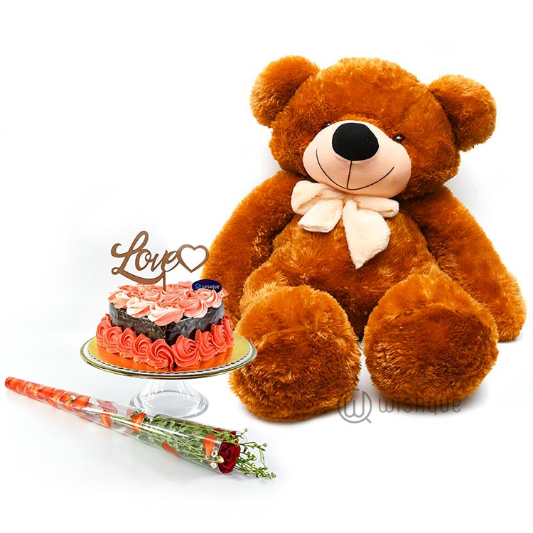 Ted And The Chocolate Cake Gift Set