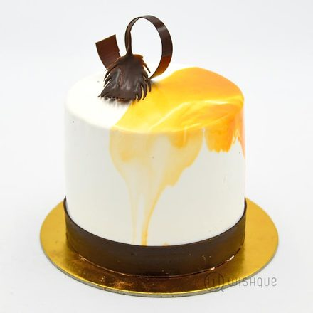 Mini White Chocolate Orange Cake