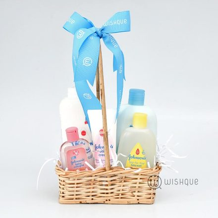Johnson's Baby Essentials Hamper