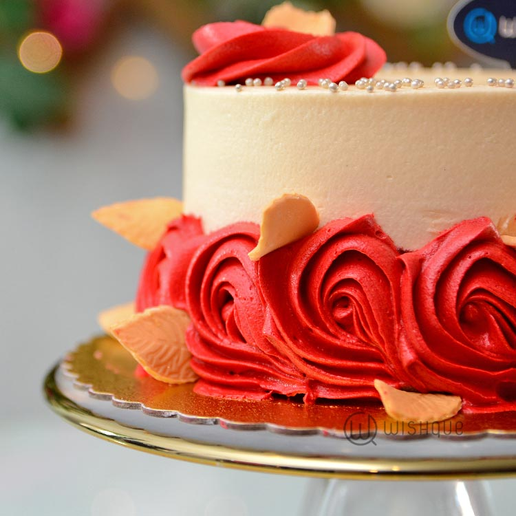 Red Rose Creamecheese Redvelvet  Mini Cake