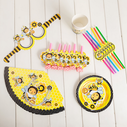 Bee Theme 6 People Party Accessory Set