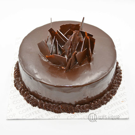 Dark Chocolate Salted Caramal Fudge Cake