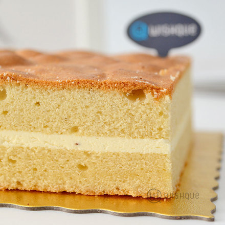 Butter Cake With Single Icing Layer