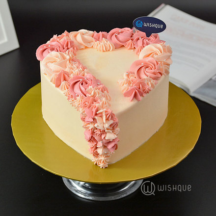 Blossom In Heart Buttercream Ribbon Cake