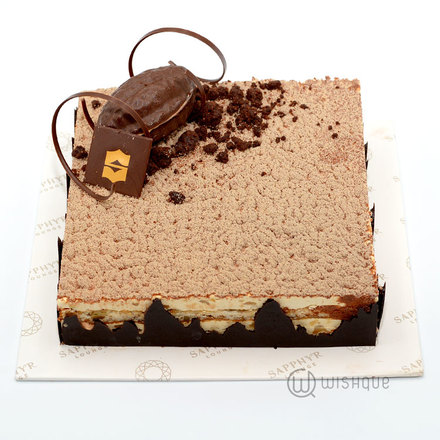 Cafe Walnut Cake