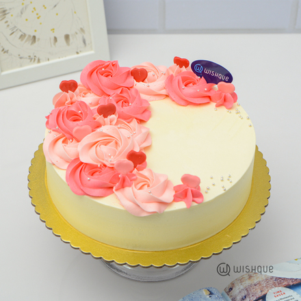 Blush In Love Ribbon Cake