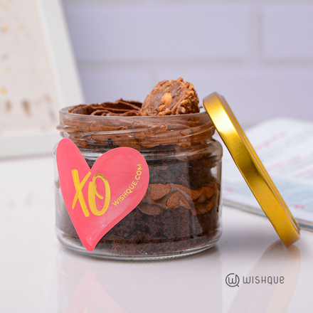 Ferrero Crunch Chocolate Cake Jar