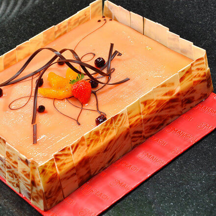 Marzipan with Fruit Gateaux