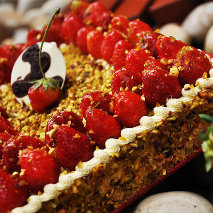 Pistachio  Strawberry Gateaux